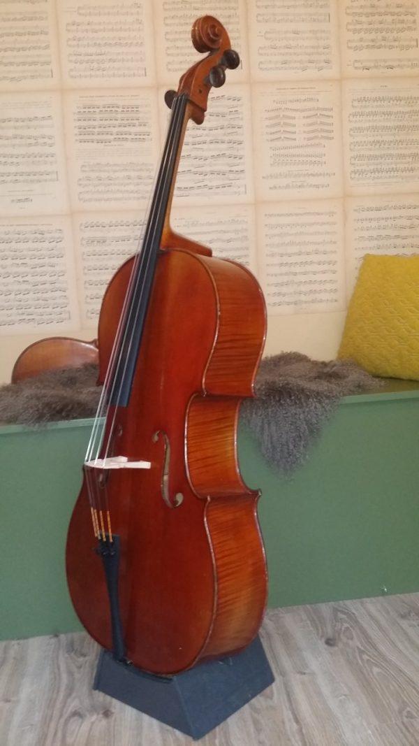 Marc Laberte cello-scarlett arts4